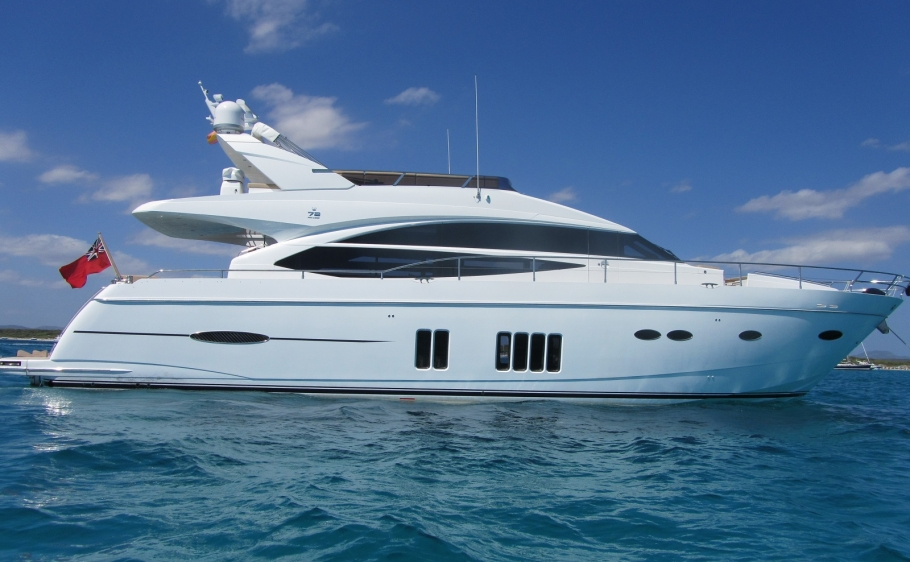 Princess Flybridge 72 | 2012 | 6 Weeks p.a. | £168,000
